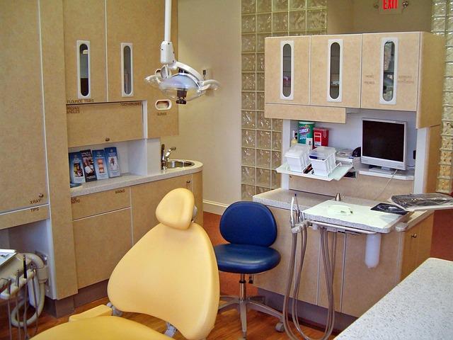 Info sugli Impianti Dentali